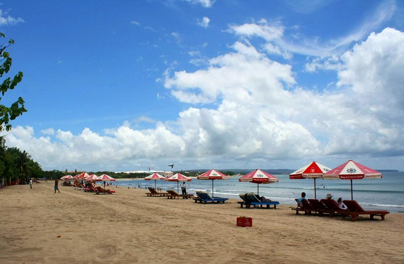 Bali Kuta beach - Plan Journeys
