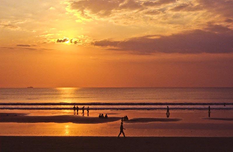 Sunset@kuta_plan journeys